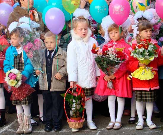 В этом году в первоуральской школе №7 открыли шесть первых классов. Здесь каждый год ставят рекорды Первоуральска по количеству учеников