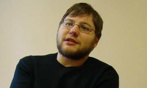 Игорь Цалер, журналист: — Эта книжка мне бы очень сильно пригодилась, когда мне было 17 лет. Я ее писал как будто для себя тогдашнего. Такой книжки не было, а мне очень хотелось, чтобы она была.