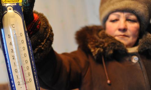 Ольга Фомичева ходит греться к маме, которая живет в своем доме. Потому что у нее в квартире очень холодно