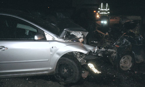 Одна из последних аварий на трассе Пермь-Екатеринбург, которая закончилась гибелью пассажира ВАЗа.