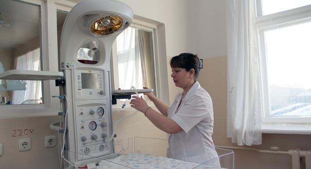 Новые кувезы перинатального центра позволяют выходить 500-грамовых новорожденных
