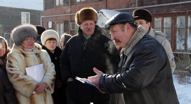 Жители микрорайона Ново-Талица недовольны строительством нового комплекса на территории завода «Полипласт»