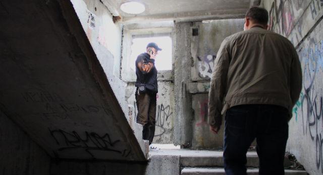Привлекает развалина на Комсомольской не только журналистов и общественников. Молодежь облюбовала недострой для проведения городских квестов.