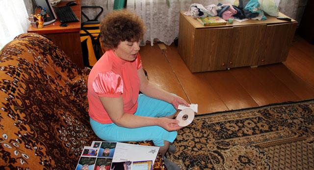 800 рублей за четыре фото и 500 рублей за 10 минут видеозаписи — Елена Шуклина исправно получает письма из призывного пункта в Егоршино.