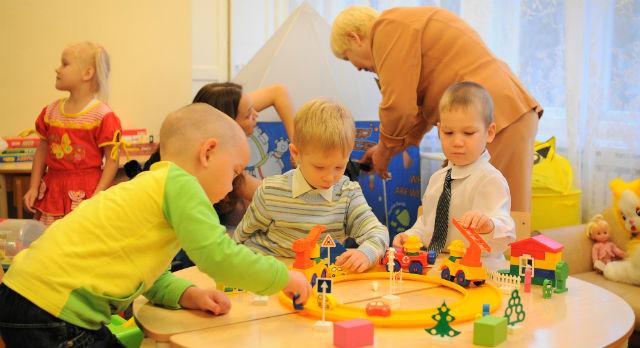 Проблему с дефицитом мест в детские сады администрация будет решать, в том числе, и за счет надстройки третьих этажей