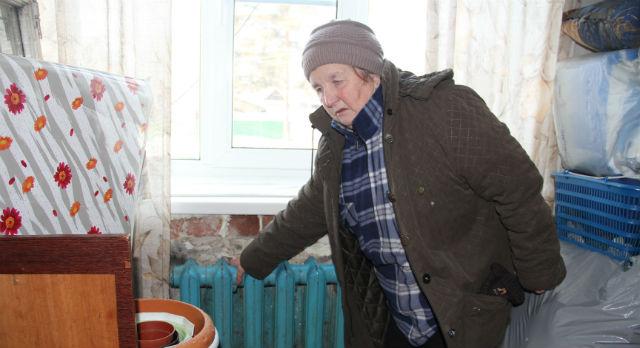 Валентина Балакирева и ее дети уже и не помнят, когда в их квартире было отопление. Платить по квитанциям у женщины больше нет желания.