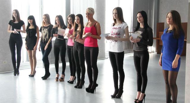 Девушки уверены, основным критерием кастинга является харизма, индивидуальность и творческие способности