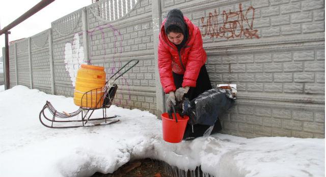 Отсутствие нормального водоснабжения в Билимбае вынуждает сельчан пить воду из скважин, предназначенных для хозяйственных нужд.