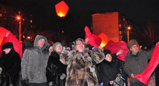 Многие пришли на акцию всей семьей. Радовались и взрослые, и дети.