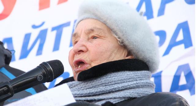 Эра Кротова на митинге против сити-менеджера 11 марта