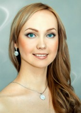 Зубарева Анна 24 года