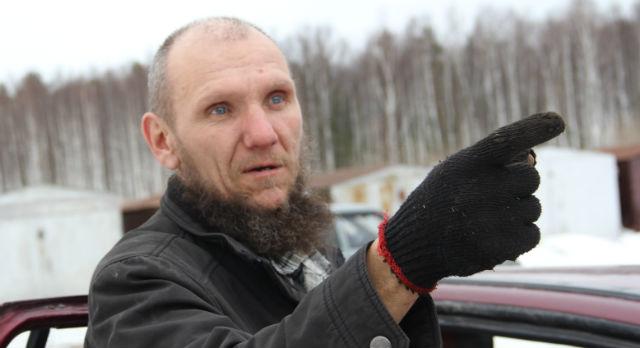 Степан Леонтьев живет в Треках 10 лет и ни разу не видел паводка, затопившего прибрежные дома