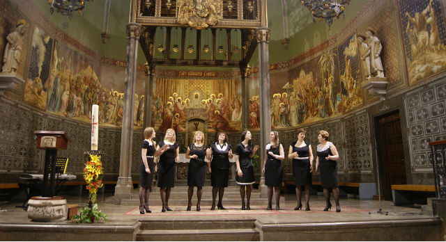 """Первоуральский хор """"Сольвейг"""" выступил в католической церкви."""