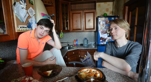 Виталий и Александр уже несколько лет живут гражданским браком. Не взирая на осуждение и предрассудки.