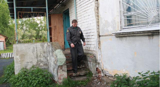Здание, где находится опорный пункт полиции №6, не ремонтировалось много лет. Чтобы сегодня привести его в порядок необходимо без малого 2 миллиона рублей.