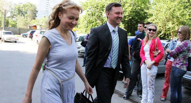 Аксана Панова и ее адвокат Тимофей Гриднев. Фото с сайта 66.ru