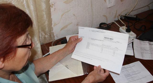 """Альбина Карева уверена, что их дом легитимно обслуживает УК """"Партнер"""" — то есть и платить она должна """"Партнеру"""""""