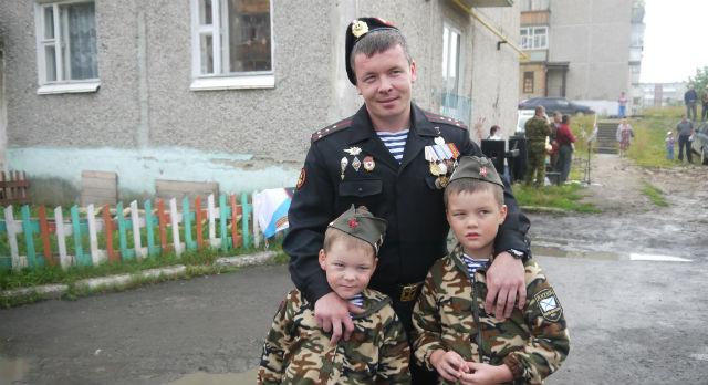 Алексей Солин с сыновьями