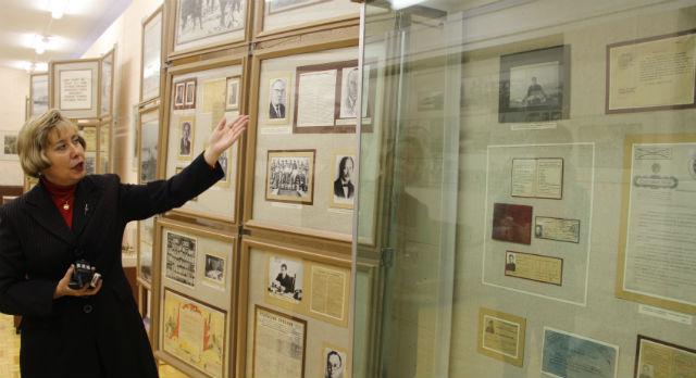 Директор музея истории ПНТЗ Светлана Титова рассказала про три века — за два часа экскурсии.