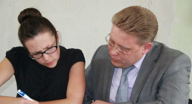 Юрий Переверзев и его адвокат Елена Кочнева