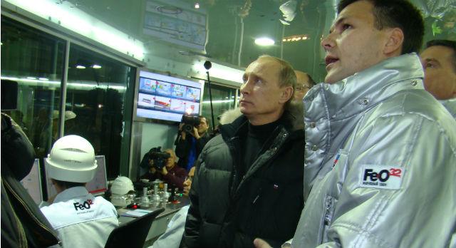 Алексей Дронов и Владимир Путин на презентации ЭСПК.