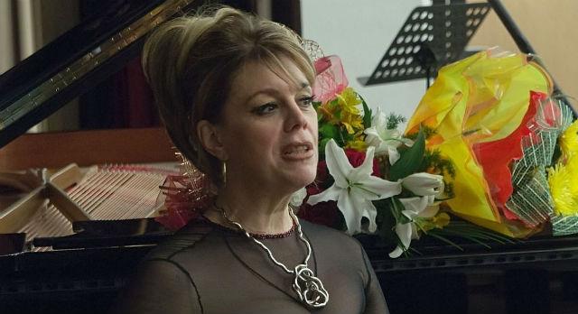 Любовь Казарновская. Фото с сайта www.afisha.ru