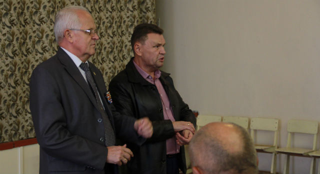 Александр Слабука и Евгений Кукаркин надеются на ответственность народных избранников.
