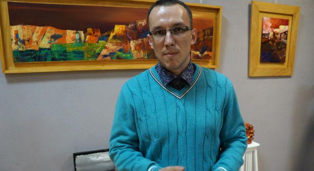 Директор Выставочного центра Илья Бушмелев называет Мельхиоре алхимиком.