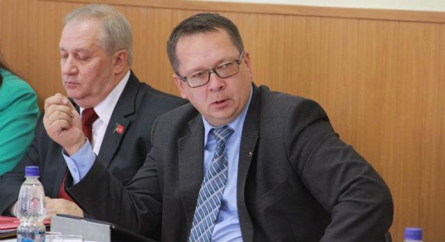 Владислав Изотов