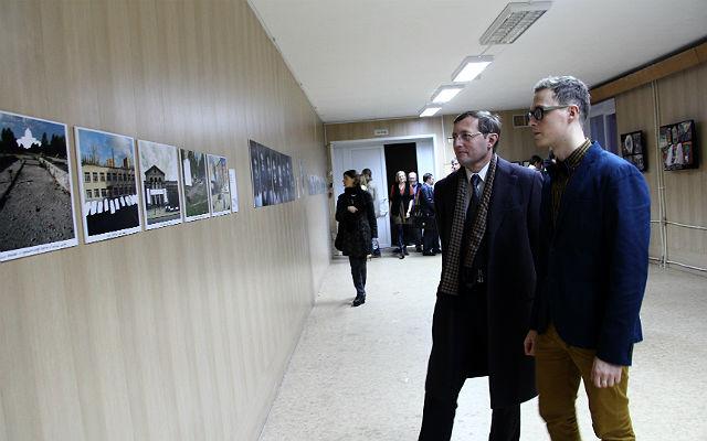 Фотовыставку можно посетить в ДК НТЗ на втором этаже.