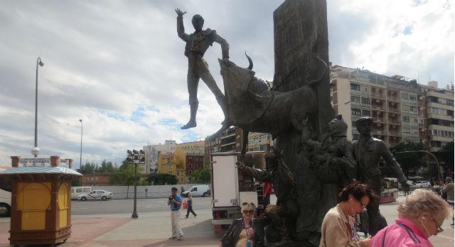 Памятник торреадорам