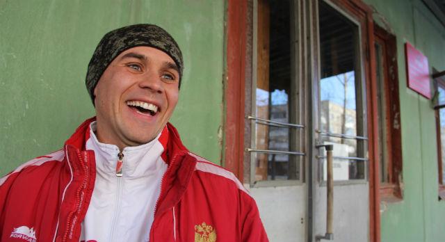Константин Лысцов пока не женат. Из армии его будут ждать только родители.