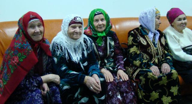 Прихожанки первоуральской мечети