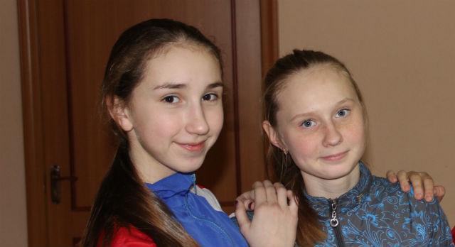 Девочки - победительницы - Александра Назарова и Ольга Шарлаимова