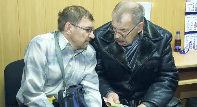 Иван и Анатолий Большаковы надеются восстановить свое право на оплаченные в 90-х годах квадратные метры.