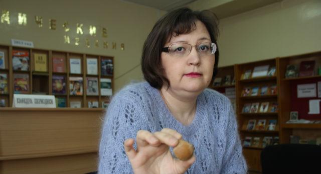«Читатель идет на библиотекаря», — уверена библиотекарь читального зала ЦГБ Полина Фазлыкаева и каждый день доказывает это на деле.