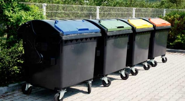 В Европе пластиковые контейнеры на мусорных площадках — дело обычное. Как обещает администрация, уже летом такие же появятся и в нашем городе