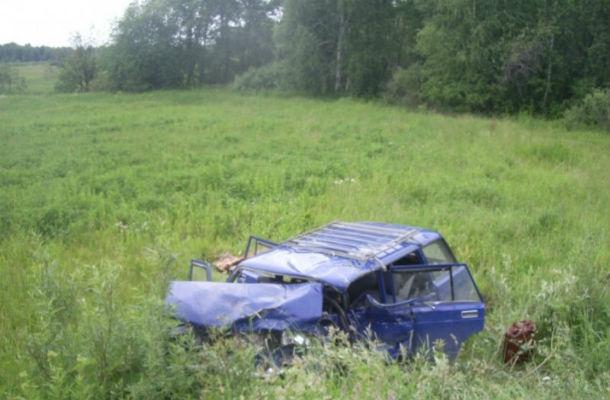 Водитель ВАЗ-2104 погиб на месте. Фото ГИБДД Свердловской области