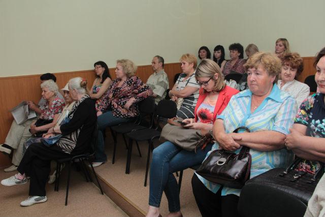 """Публичные слушания по представлению программы """"Первоуральск-300"""" собрали около 40 человек"""