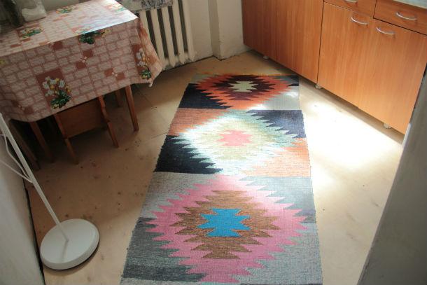 Сейчас в квартире Александры Сливы новые полы и двери Фото Анны Неволиной