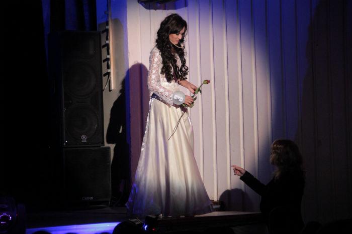"""Победительница """"Красы"""" Юлия Некрасова представляет свой творческий номер — о женщинах и четырех стихиях"""