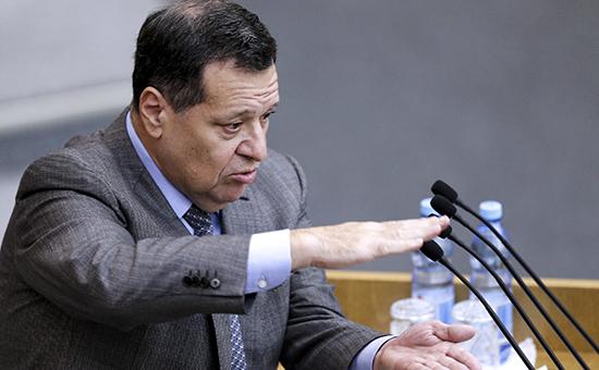 Инициатор поправок о муниципальных сборах с бизнеса, глава думского комитета по бюджету Андрей Макаров Фото ТАСС