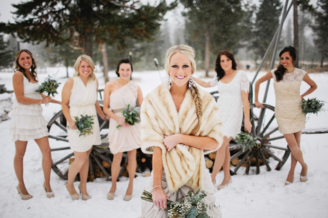 одноразовую что одеть на свадьбу зимой гостям фото сможете самостоятельно