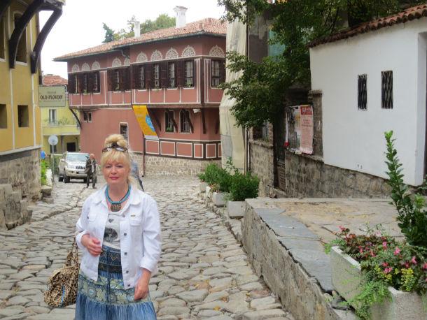 У дома купца Балабанова в Пловдиве (бывший Филиппополь), где проходили съёмки фильма «Турецкий гамбит». Фото предоставлено Ольгой Варгановой