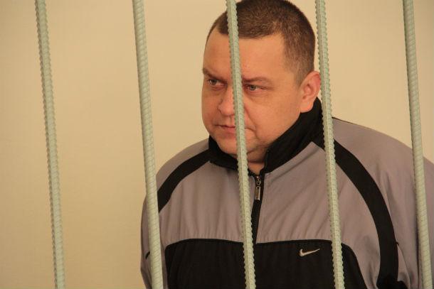Сейчас Иван Веснин ведет себя на суде довольно напористо, утверждая, что убил жену в порядке самообороны Фото Анны Неволиной