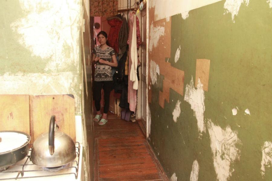 Екатерина Жихарева не хочет переезжать на Динас, где им строят дом.