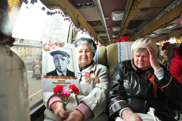 Зинаида Румянцева (слева) Фото Анны Неволиной,/i>