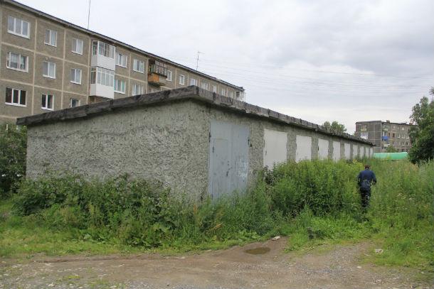 Гаражи на Советской — головная боль жителей близстоящих домов уже на протяжении 4 лет Фото Анны Неволиной