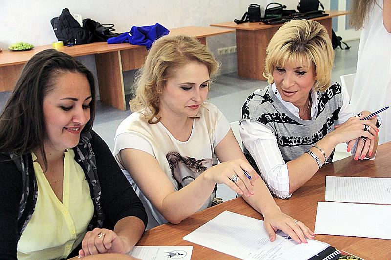 Жюри: Анастасия Шахмаева Анастасия Козлова и Ольга Ларкина  Фото Анны Неволиной