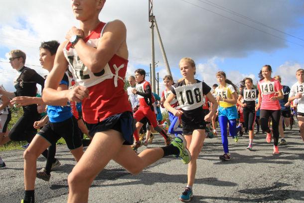 В этом году за награды полумарафона боролись 176 бегунов. Фото Анны Неволиной